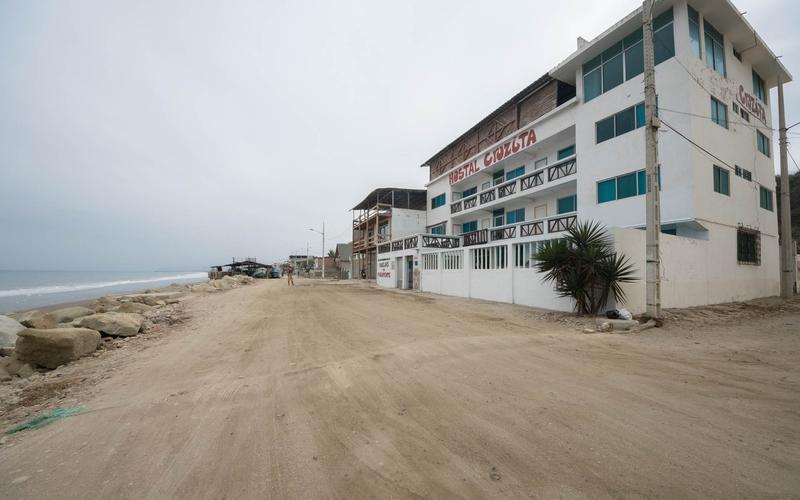 Beachfront view Crucita, Ecuador Nikon D7500 by Lourdes Mendoza