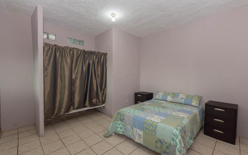 Suite - Bedroom San Clemente, Ecuador Nikon D7500 by Lourdes Mendoza