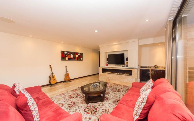 Living room Cuenca, Ecuador Nikon D7500 by Lourdes Mendoza