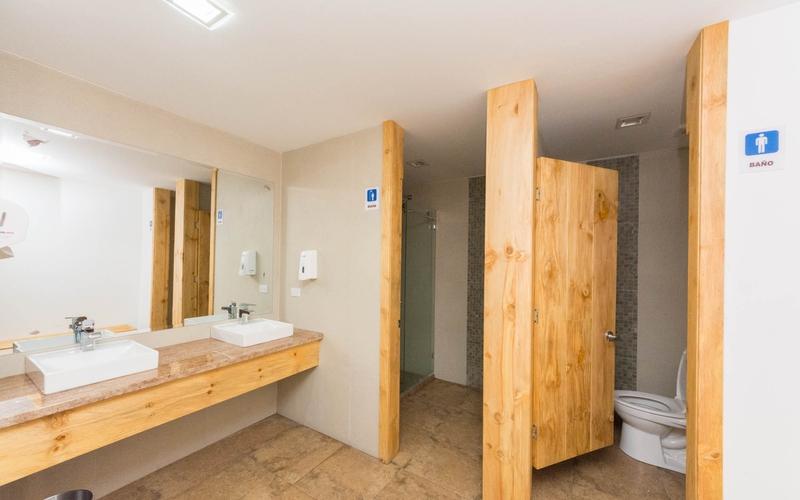 Social Area Bathroom Cuenca, Ecuador Nikon D7500 by Lourdes Mendoza