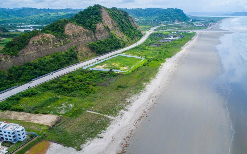 Aerial Beachfront Canoa, Ecuador DJI Phantom 4 by Jonathan Mueller