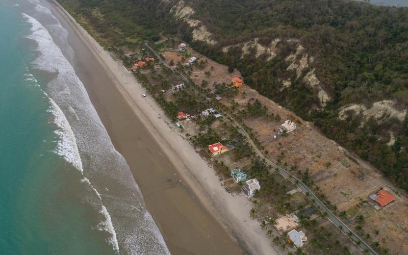 Aerial Beachfront Jama, Ecuador DJI Phantom 4 by Jonathan Mueller