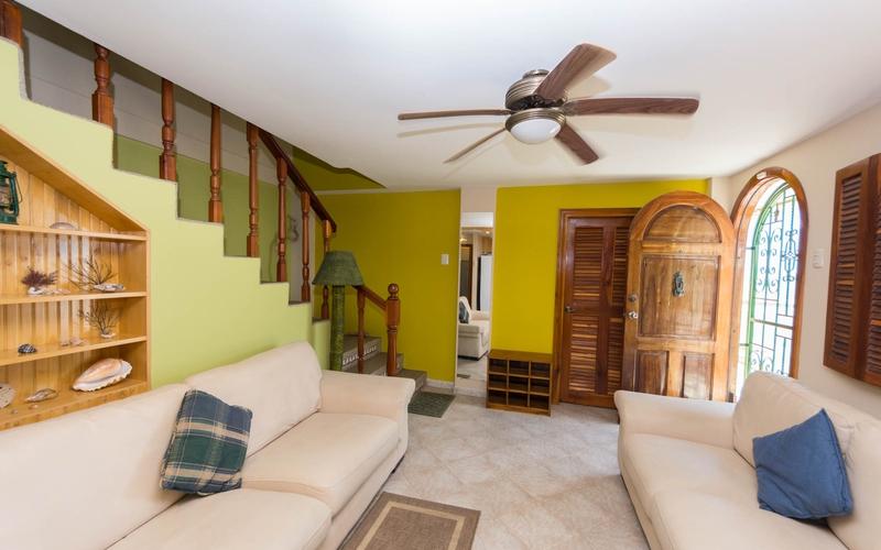 Living room Bahia de Caraquez, Ecuador Nikon D7500 by Lourdes Mendoza
