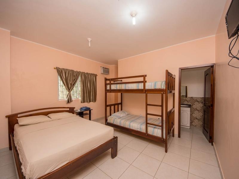 room Canoa, Ecuador Nikon D7500 by Lourdes Mendoza