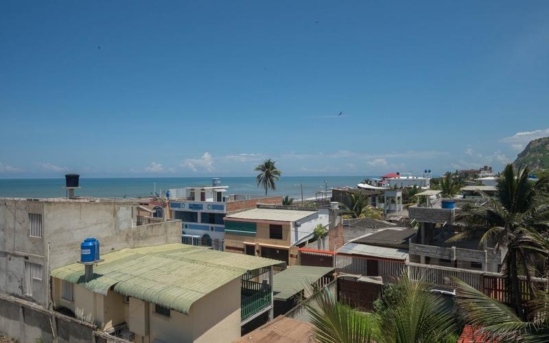 Exterior View San Clemente, Ecuador Nikon D7500 by Lourdes Mendoza