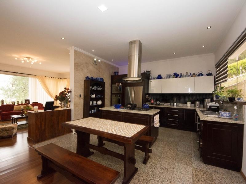Kitchen Cuenca, Ecuador Nikon D7500 by Lourdes Mendoza