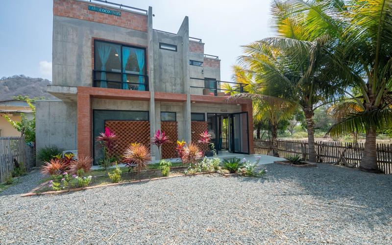 Building View San Clemente, Ecuador Nikon D7500 by Lourdes Mendoza