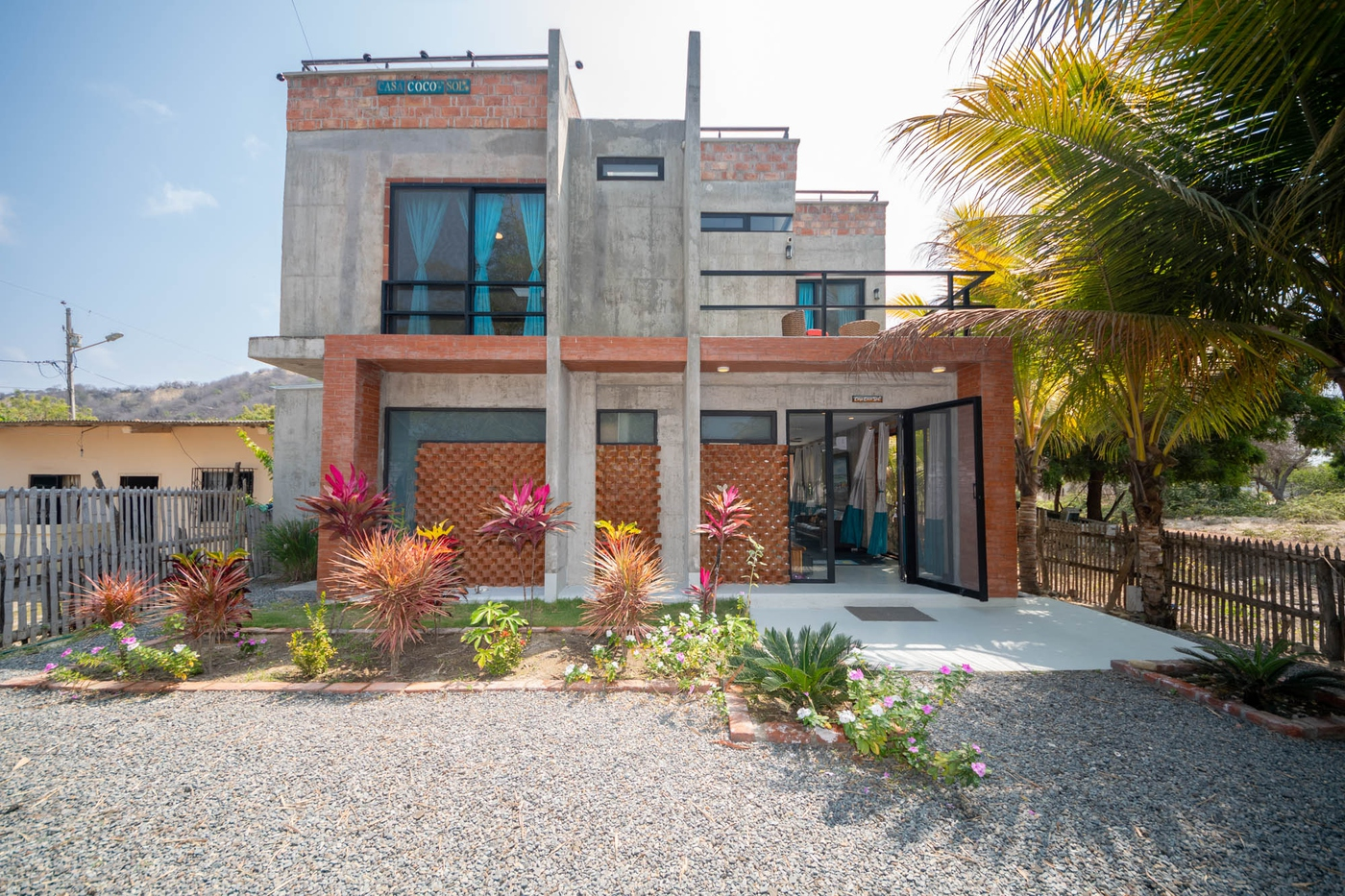 <p>Be sure not to miss out on this Modern home 20…