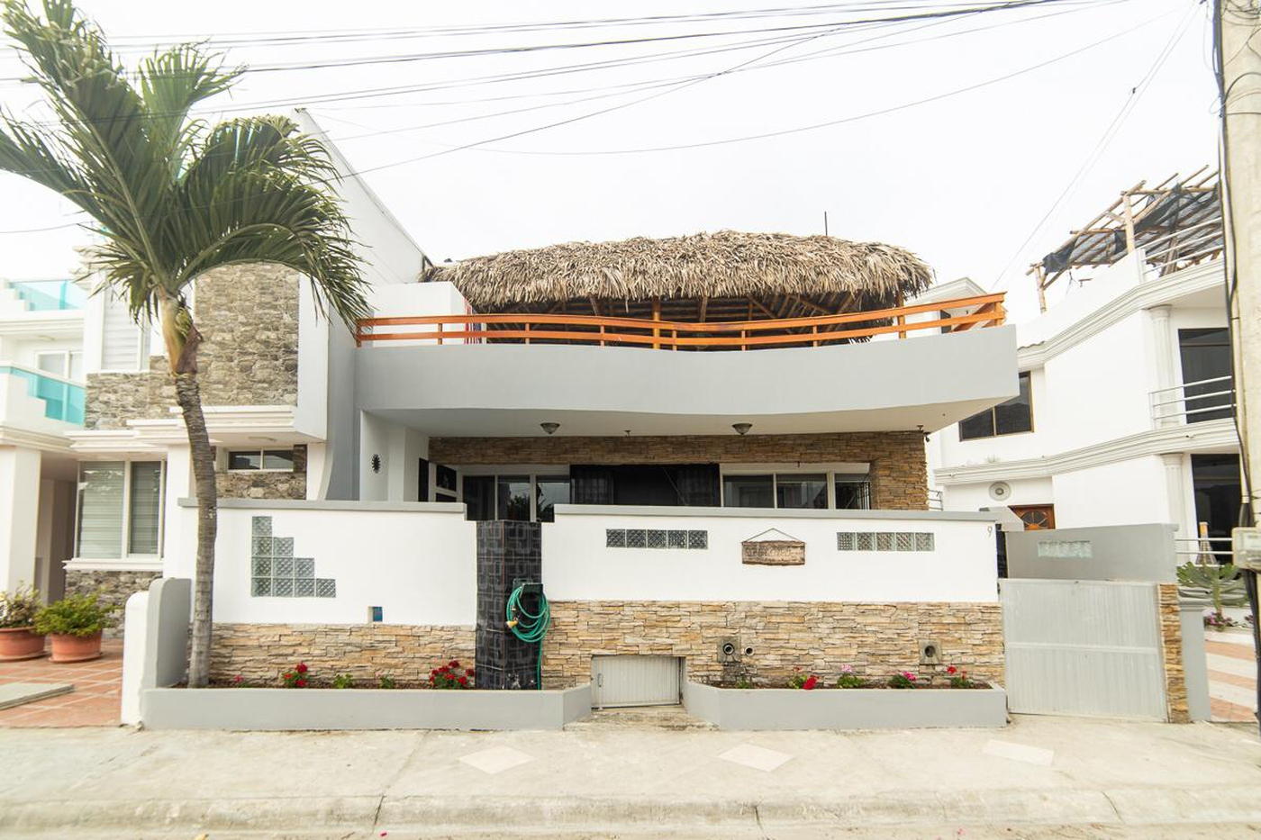 <p>The property has the following characteristics…