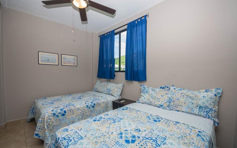 Guest Bedroom San Clemente, Ecuador Nikon D7500 by Lourdes Mendoza