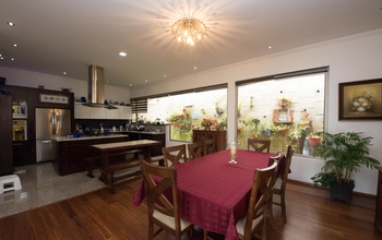 <p>Listed at only $375000 this home isn't going t…