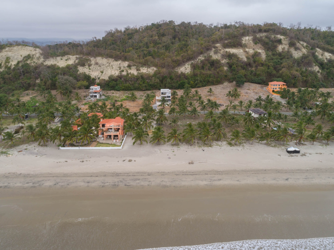 <p>You won't get disappointed with this beachfron…