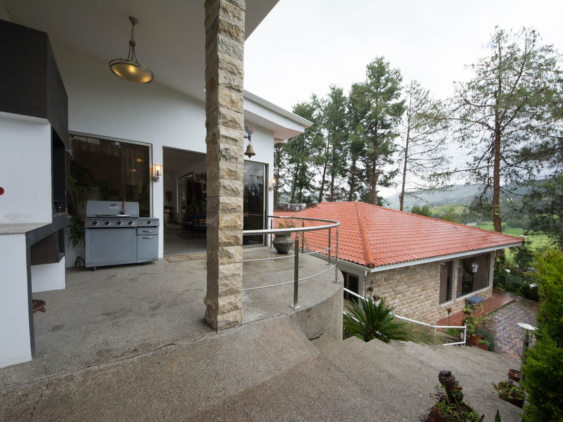 Entertaiment Area Cuenca, Ecuador Nikon D7500 by Lourdes Mendoza