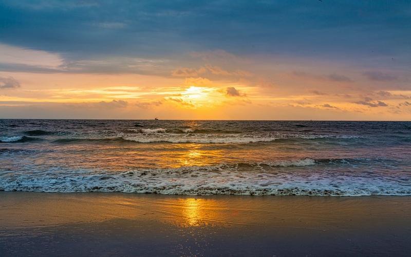 Sunset San Clemente, Ecuador DJI Phantom 4 by Jonathan Mueller