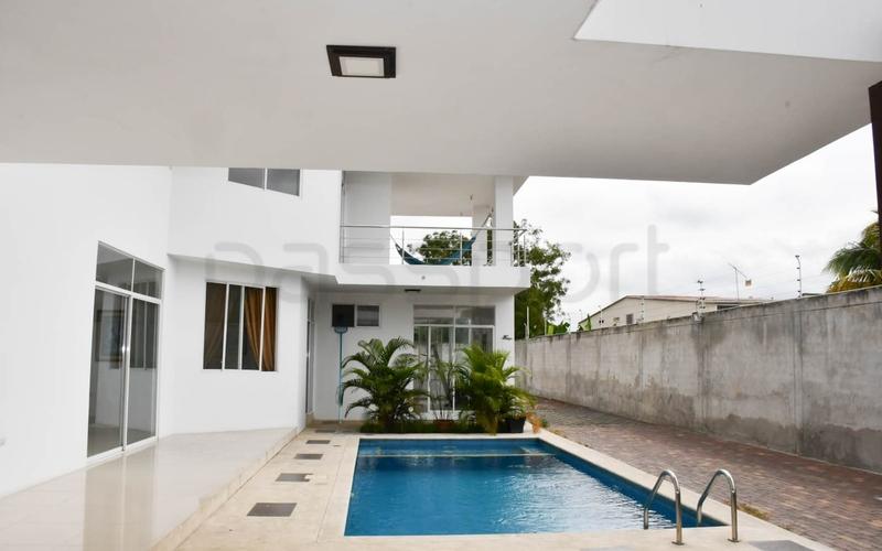 Building View Portoviejo, Ecuador Nikon D7500 by Aladino Mendoza