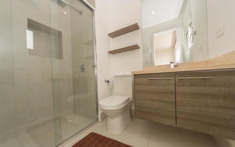 Guest Bathroom Bahia de Caraquez, Ecuador Nikon D7500 by Lourdes Mendoza