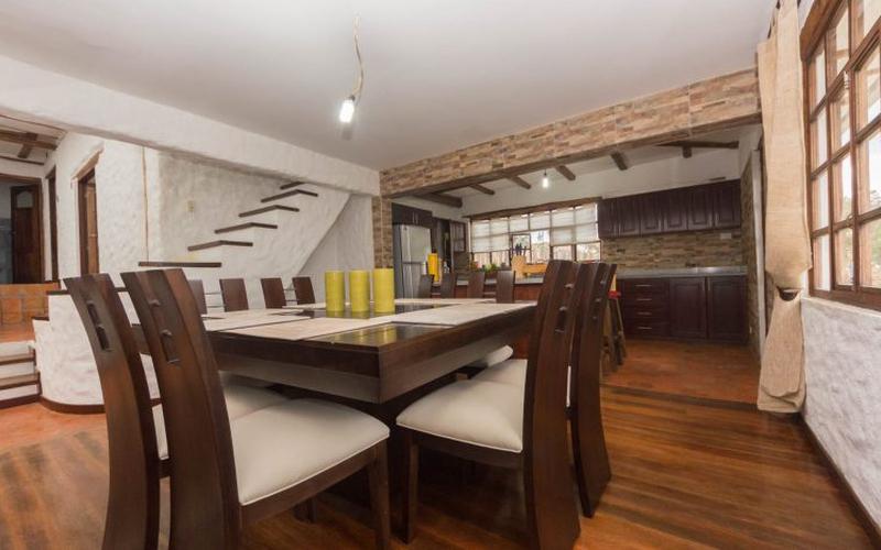 Dining Room Cuenca, Ecuador Nikon D7500 by Lourdes Mendoza