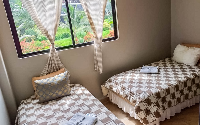 Guest Bedroom San Clemente, Ecuador Private by Private