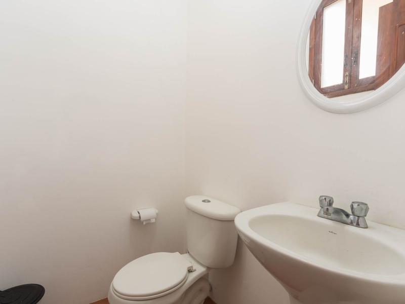 Guest Bathroom Jama, Ecuador Nikon D7500 by Lourdes Mendoza