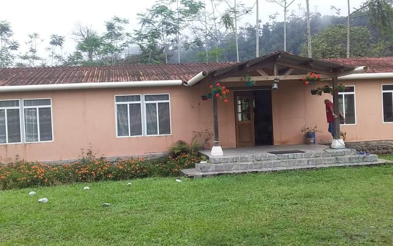 Mountain View Quito, Ecuador Private by Private