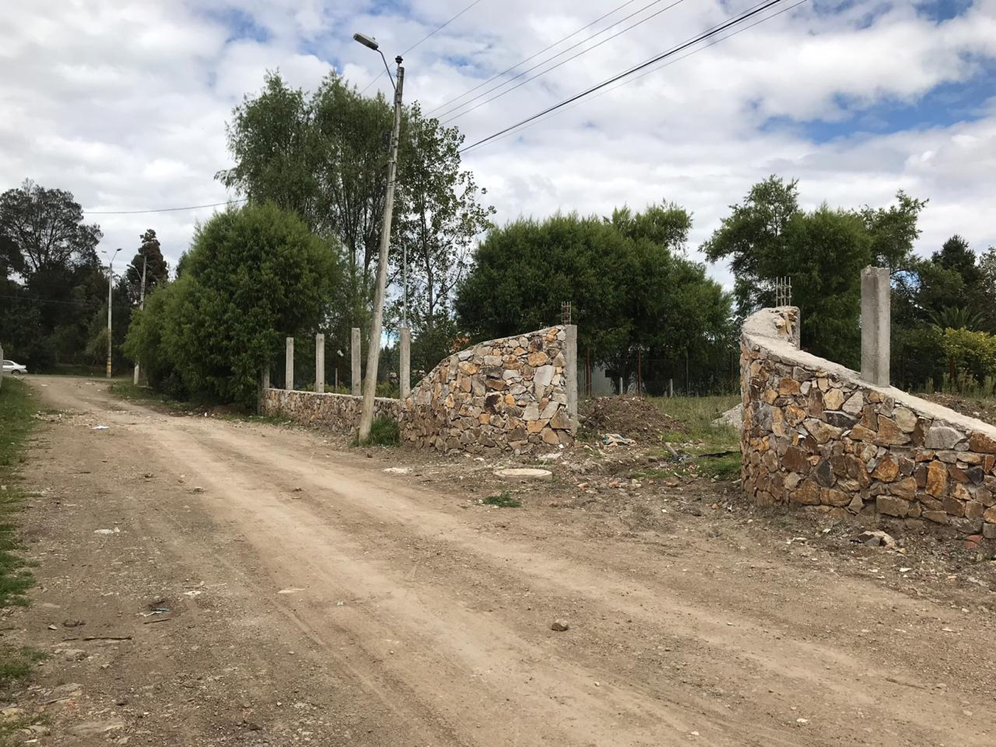 <p>Available in a small residential land, 4 lots …