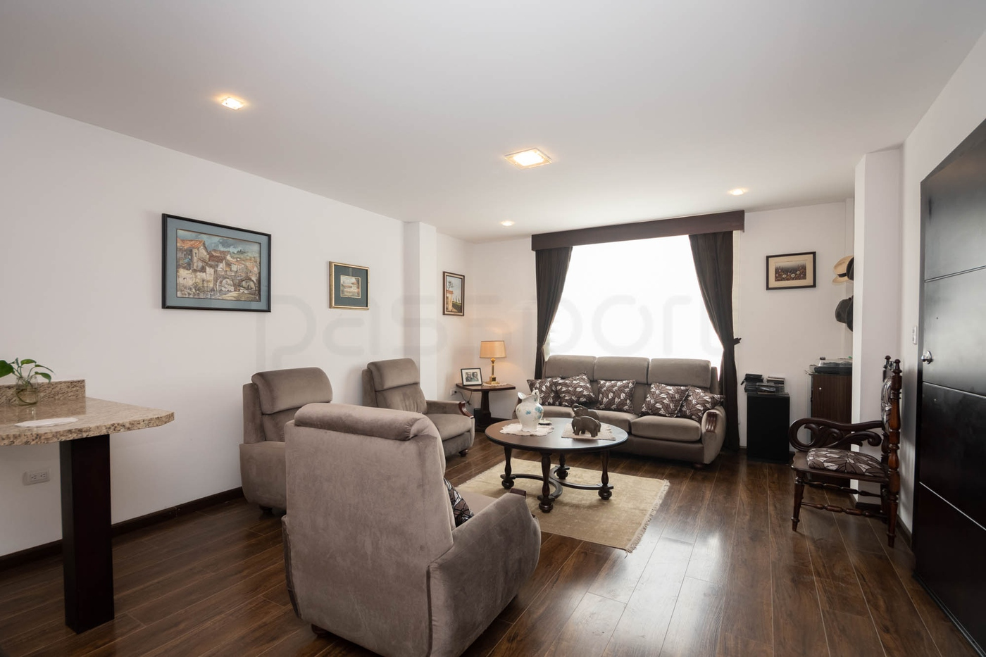 <p>At the reasonable price of $400 per month this…