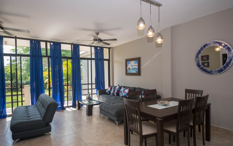 <p>This beachside townhouse near the ocean with r…