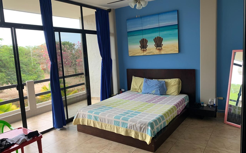 Master Bedroom San Clemente, Ecuador Private by Private