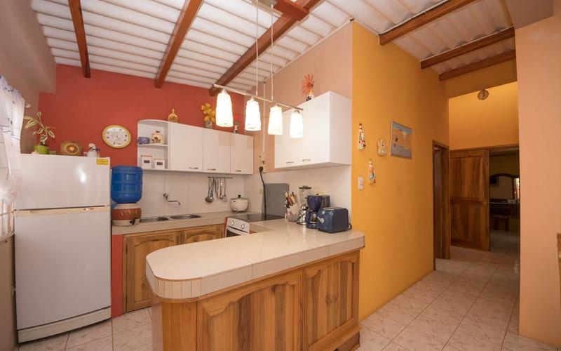 Kitchen San Clemente, Ecuador Nikon D7500 by Lourdes Mendoza