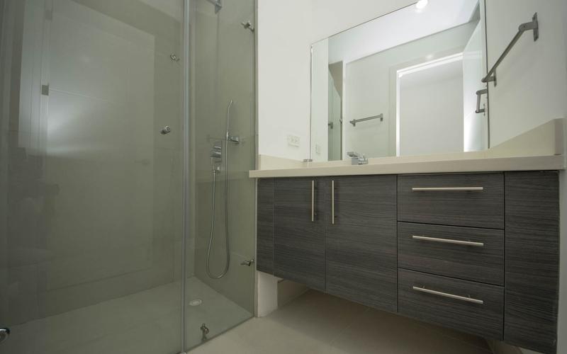 Half Bathroom Bahia de Caraquez, Ecuador Nikon D7500 by Lourdes Mendoza