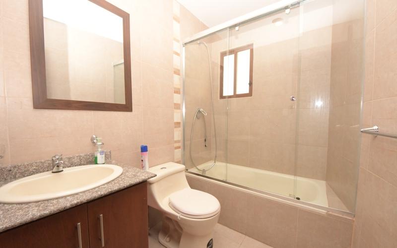 Guest Bathroom Cuenca, Ecuador Nikon D7500 by Jonathan Mueller