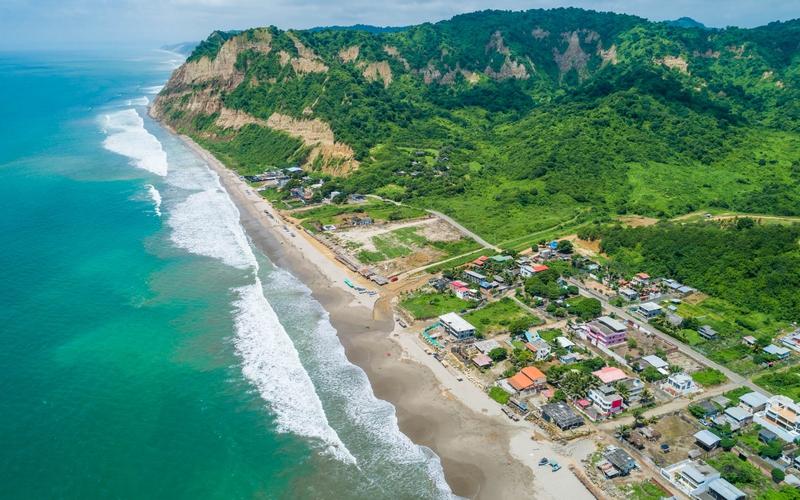 None San Clemente, Ecuador DJI Phantom 4 by Jonathan Mueller