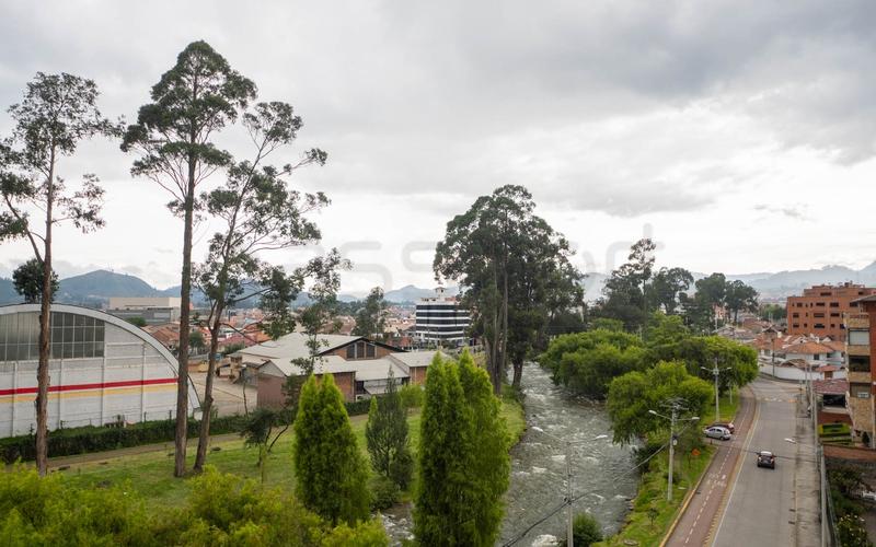 Building View Cuenca, Ecuador Nikon D7500 by Lourdes Mendoza