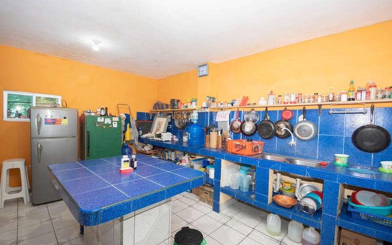 Building View Crucita, Ecuador Nikon D7500 by Lourdes Mendoza