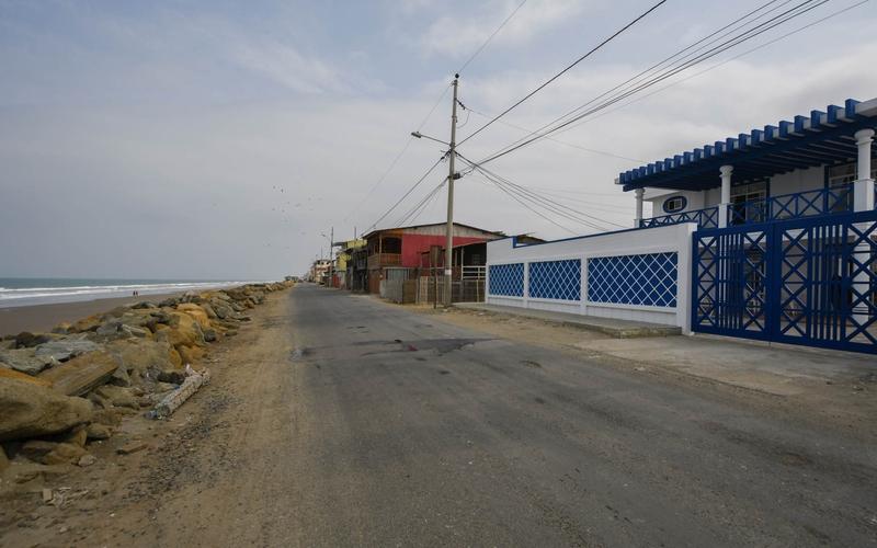 Building View San Jacinto, Ecuador Nikon D7500 by Lourdes Mendoza